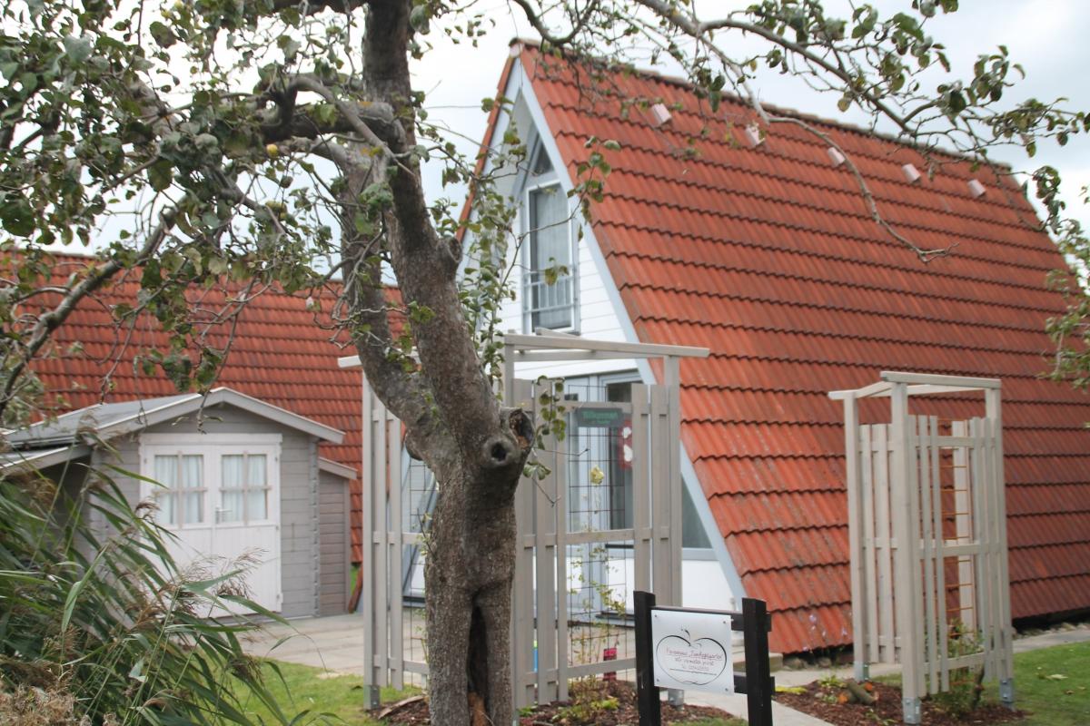 ferienhaus zum apfelgarten urlaub im alten land an der elbe. Black Bedroom Furniture Sets. Home Design Ideas